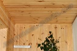 Обшивка потолков деревянной вагонкой (сосна, ольха)