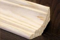 Монтаж деревянных плинтусов (сосна)