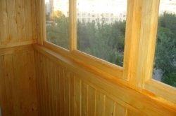 Остекление балконов и лоджий деревянными рамами